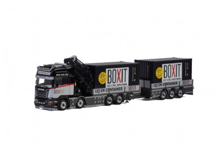 WSI Boxit; SCANIA R6 STREAMLINE TOPLINE 8x2 TAG AXLE RIGED FLAT BED TRUCK + Trailer - 3 AXLE + PALFINGER 65002 SH | JIB + 2x 20 FT CONTAINER