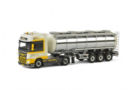 WSI Peter Mulder; DAF XF SUPER SPACE CAB 4x2 TANK TRAILER - 3 AXLE
