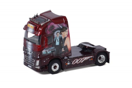 WSI Transport Beau; VOLVO FH4 GLOBETROTTER XL 4X2 (01-3274)