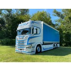 WSI Family Tradition Transport; SCANIA R HIGLINE   CR20H 6X2 TAG AXLE RIGED   TRUCK   CURTAIN SIDE
