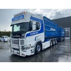 WSI STANGELAND; SCANIA R HIGHLINE   CR20H 8X4 RIGED   TRUCK   DRAWBAR   HOOKLIFT SYSTEM + HOOKLIFT CONTAINER 40M3