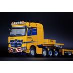 Tadano Mercedes-Benz Arocs SLT BigSpace 8x4 met Nooteboom MCO Semi Low Loader 7-Axle